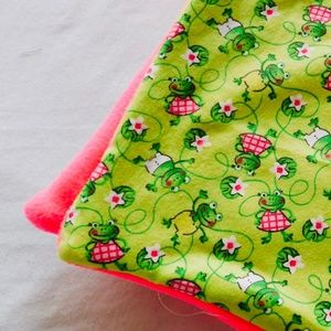 Baby/Toddler Pink Froggy Blanket